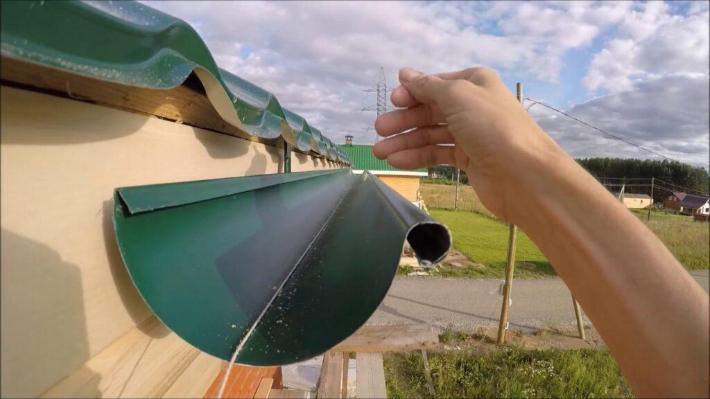 монтаж водосточной системы фото